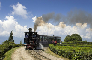 3N/4D Gangtok Tour Package with Flights