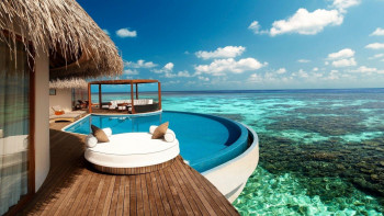 MALDIVES IN YOUR POCKET FRIENDLY